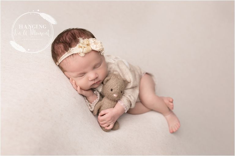 Avni Newborn Photos-12.jpg